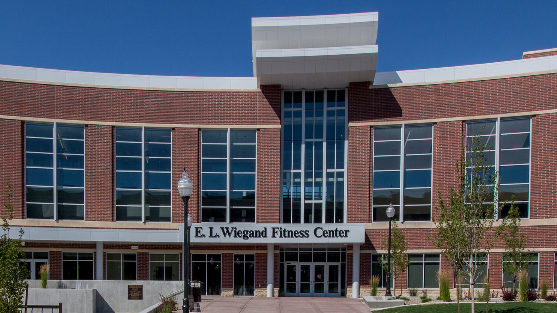 Capital Glass provides Reno, Carson City and the Northern Nevada area with the best in residential and commercial glass services. Our services include glass repair, window repair, automatic door installation, and frameless shower enclosures. Wiegand Slider 1